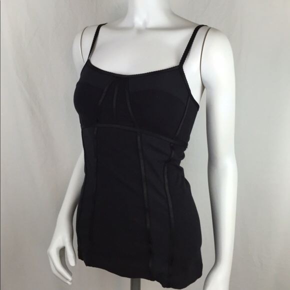 Lululemon workout tank with corset detail